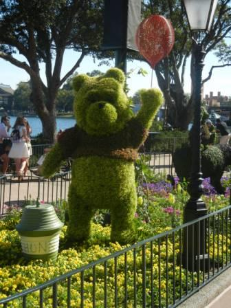 Winnie the Pooh topiary Epcot