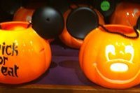 Disney Park Mickey Mouse Pumpkin Light Up Halloween Trick or Treat Candy Bucket Bag Pail Jack O'Lantern