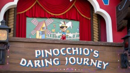 Pinocchio's daring journey disneyland