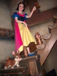 Snow White's Scary Adventures (Disneyland)