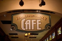 Fiddler Fifer & Practical Cafe (Disneyland)
