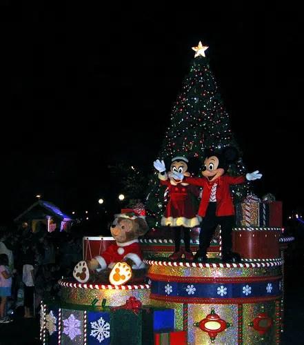 mickeys once upon a christmastime parade disney world - Disneyworld At Christmas Time