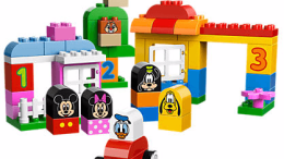 Disney Mickey & Friends LEGO Set