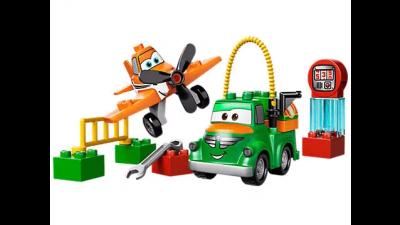 Disney Planes' Dusty and Chug LEGO Set