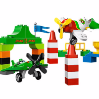 Disney Planes Ripslinger's Air Race LEGO Set