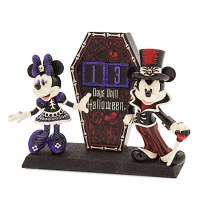 Mickey and Minnie Mouse Countdown to Halloween Decoration