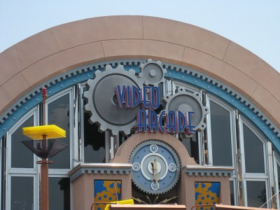 Tomorrowland Light & Power Co Arcade – Extinct Disney World