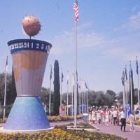 Clock of the World – Extinct Disneyland Attractions
