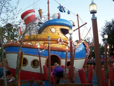Donald's Boat– Extinct Disney World Attraction