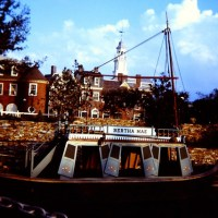 Mike Fink Keel Boats - Extinct Disney World Ride
