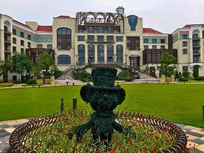 Why We Love the Shanghai Disneyland Hotel