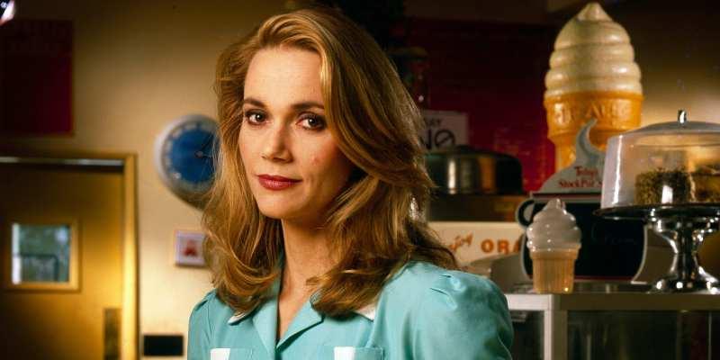 Peggy Lipton as Norma Jennings