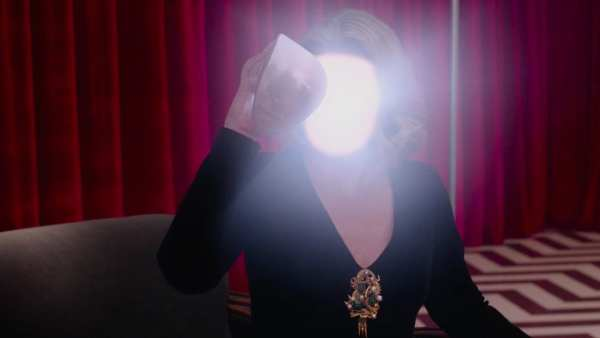 laura palmer white light face