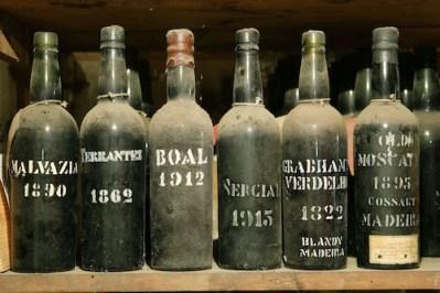 vintagebottles-photo-credit-to-associacao-de-promocao-da-madeira