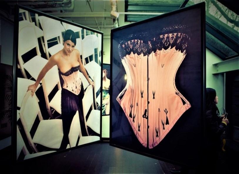 Expositions photos Harcourt lingerie corsets