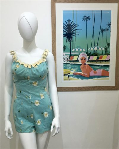 Exposition Pin-Up maillot de bain DeWeeze