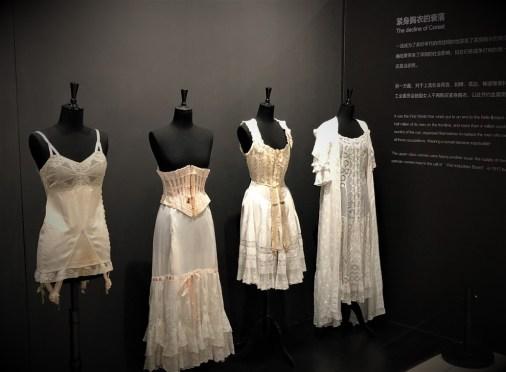 Exposition Historical Lingerie
