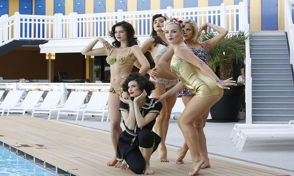 15 Piscine Molitor - Paris -Défilé maillots de bain vintage - Fashion show-Mode City