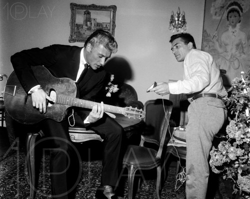 1960' Johnny Hallyday-Display-productions.com- interview annees 60