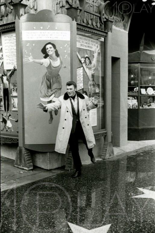 1962 Johnny Hallyday-Display-productions.com--Nathalie-wood-LA