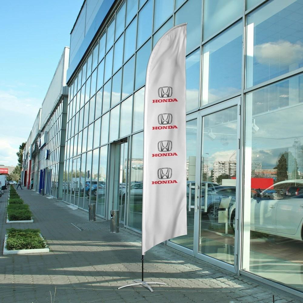 auto-dealership-flag-honda
