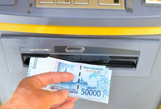 Don't withdraw cash from banks urges Indonesia's financial watchdog