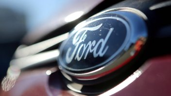Ford exploring JV to push electric passenger vehicles in China