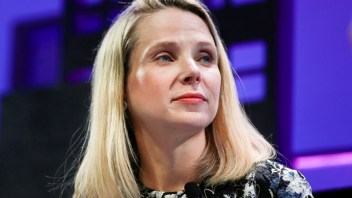 Former CEO of Yahoo, CEO of Equifax to testify on data breaches