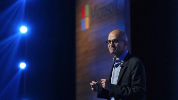 Microsoft plans to use LinkedIn data to challenge Salesforce.com