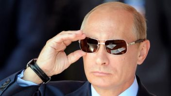 Hackers are just patriotic Russian artists says Putin