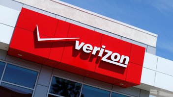 Verizon and Yahoo agree new, lower price for deal