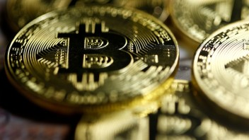 Bitcoin soars over $7,000, marks tenfold increase in past year