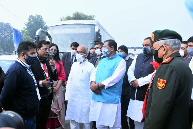Project Director elaborating NHEV features to Dignitaries