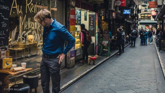Man browsing, Central Place, Melbourne