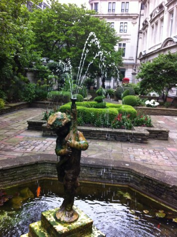Fountain at Drapers Hall