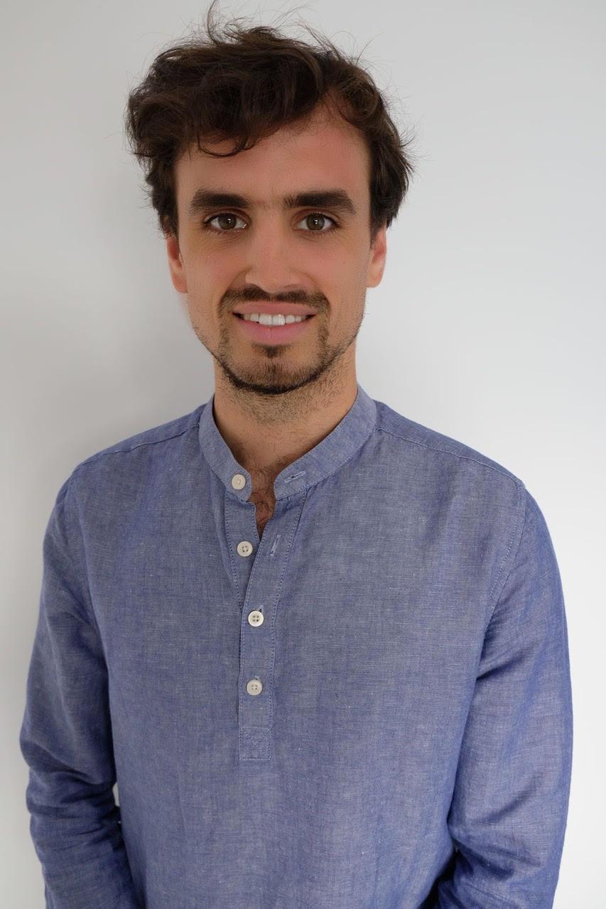 Digital nomad entrepreneur