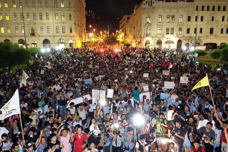 Perú: así marcharon miles contra el olvido