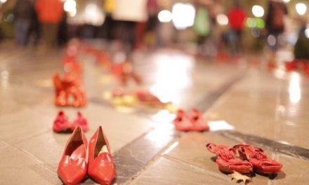 25N Argentina: Zapatos Rojos en Córdoba