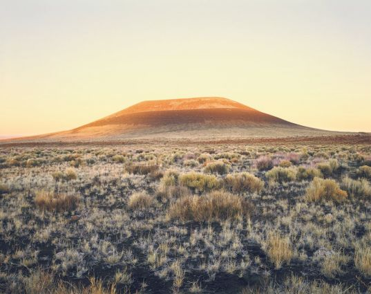 james-turrell-roden-crater-sunset-01