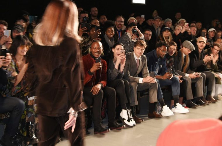 Oliver Spencer LFWM AW18 Catwalk Show_distract TV
