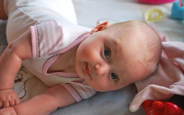Consejos de tienda de ropa de bebé online para combatir el calor