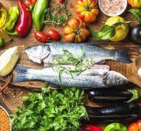 Los beneficios de la ensalada mediterránea para el cuerpo humano