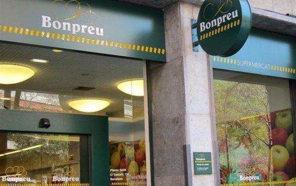 Los mejores supermercados para comprar en España, según la OCU