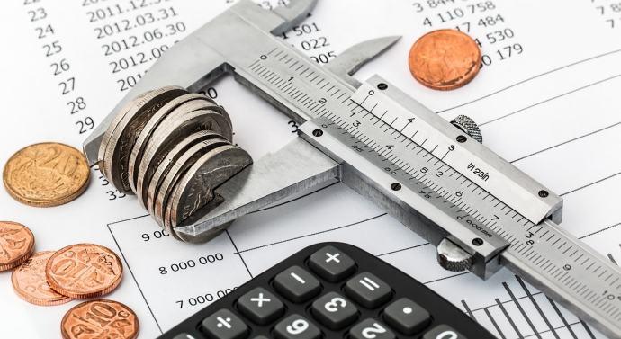 ¿Qué porcentaje del salario debes gastar en comida y ropa?