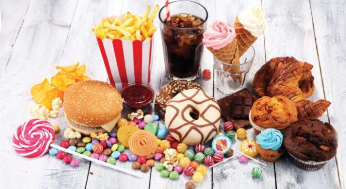 Más de la mitad de lo que compramos en el súper tiene azúcar