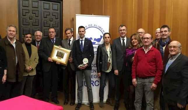 Banco de Alimentos otorga el Premio Fidelidad a Portavoz