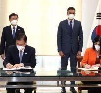 España y Corea del Sur firman un acuerdo sobre salud pública