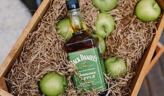 Jack Daniel's lanza en España su whiskey con sabor a manzana