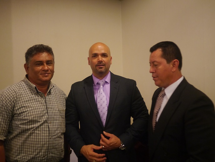 Nicolas saldo y Jorge Quintanilla con Diamante Internacional Platino Juan Rosado