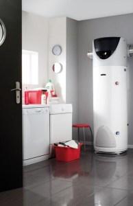 pemanas air heat pump ariston tipe NUOS FLOOR STANDING 200-250-250SYS - distributor ariston